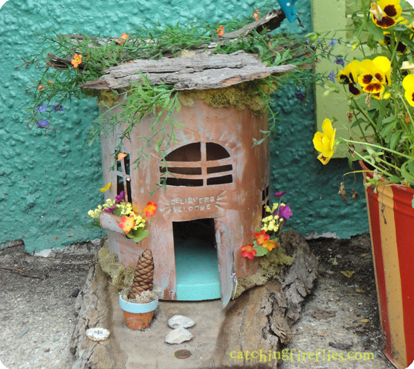 Ann arbor fairy doors creative gift ideas news at for Idea behind fairy doors